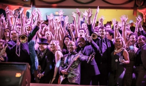 palm springs corporate event band