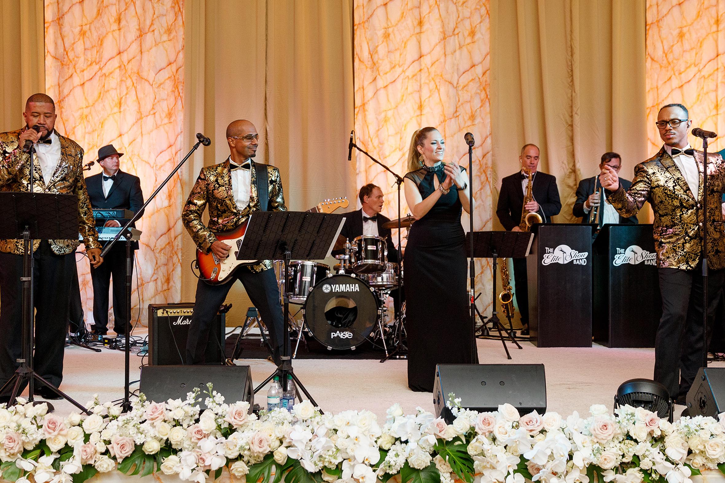 Indian Wells Weddings - The Elite Show Band